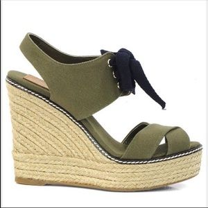 Tory Burch Green Canvas Linley Wedges Sz 11